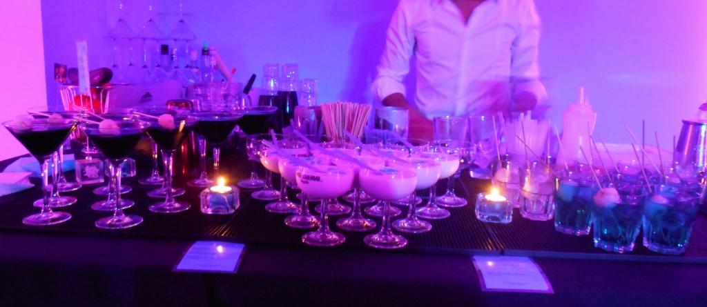 bar cocktails domicile 3 stir it up cocktail. Black Bedroom Furniture Sets. Home Design Ideas